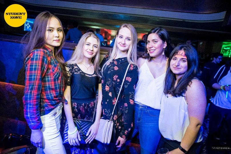 2018.03.15-roxy-blacklightparty-1312.jpg